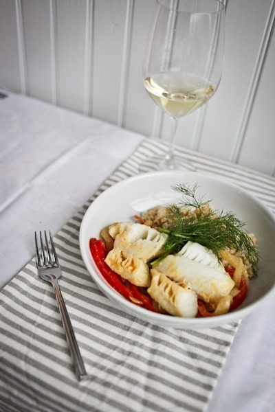 Chardonnay Curry Poached Cod with Fennel and Red Pepper