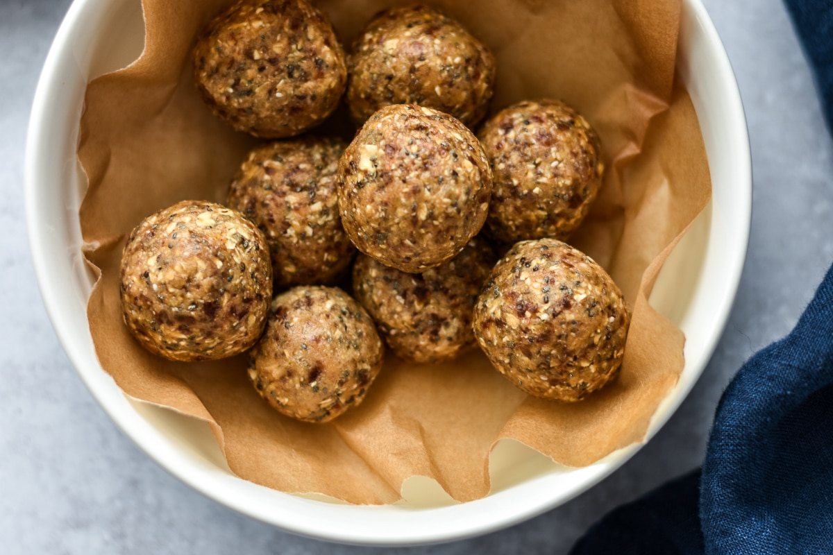 Nut & Seed Snack Balls