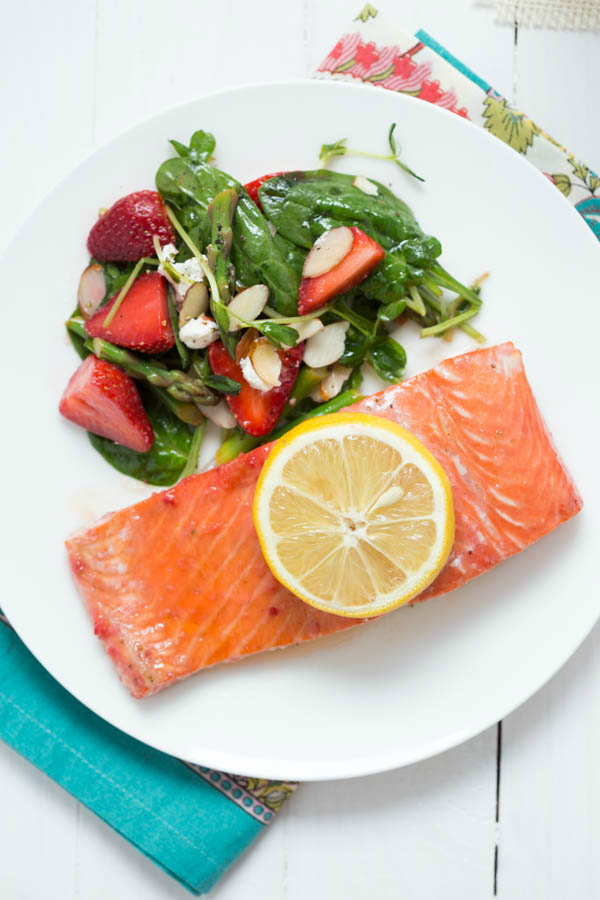 Baked-Strawberry-Lemon-Salmon_7603