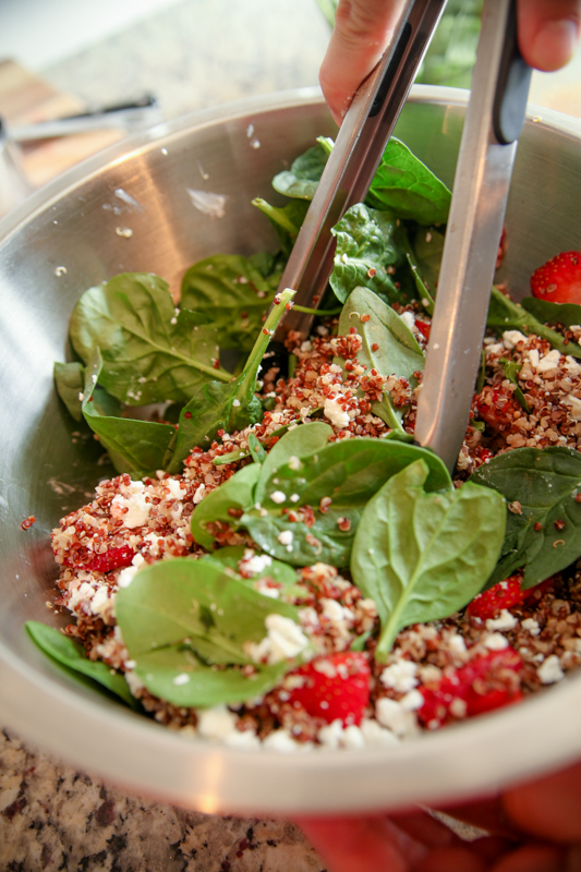 how to make red pepper quinoa salad