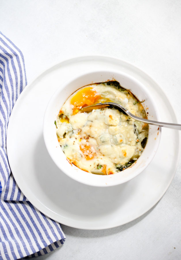 Easy Baked Eggs with Pear, Blue Cheese and Greens