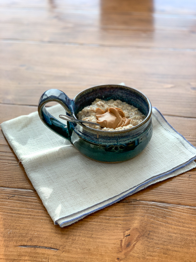 bowl of oatmeal eaten for postpartum weight loss