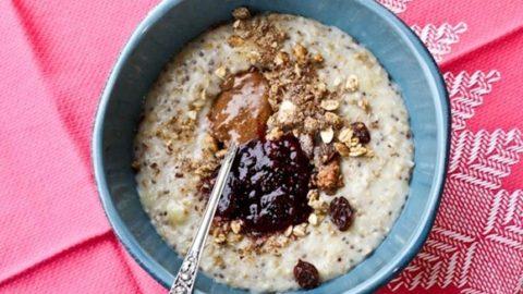 bowl of PB&J oats