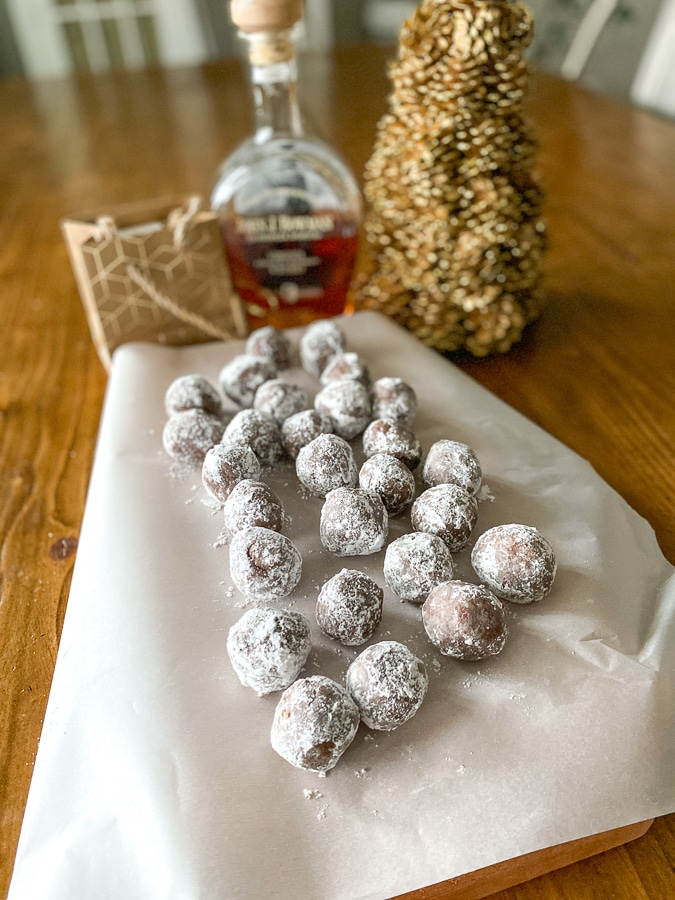 5 ingredient bourbon balls recipe