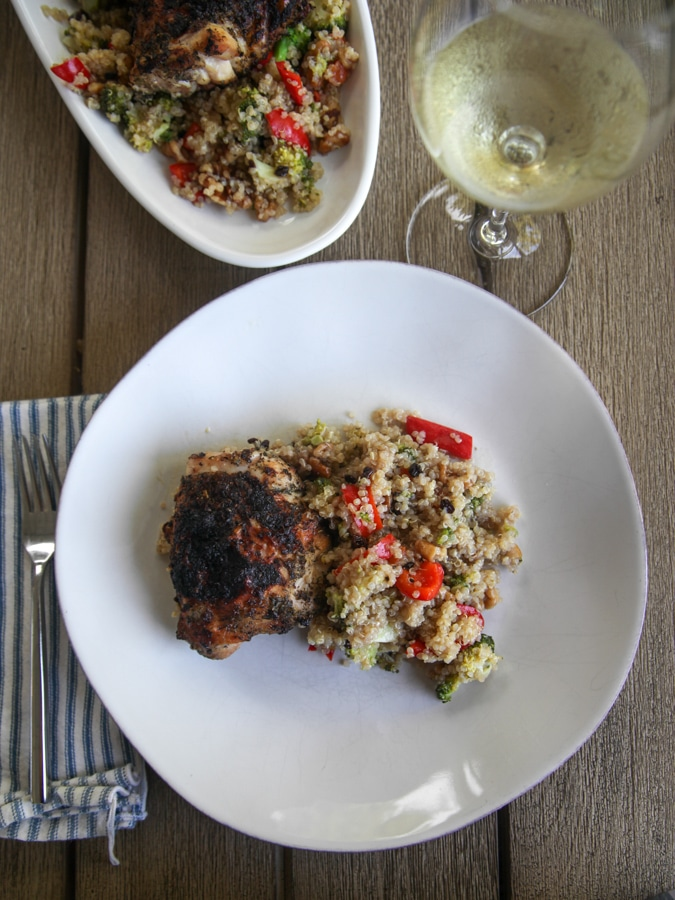 hot honey quinoa salad with chicken and wine