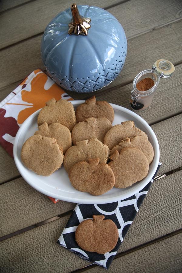 pumpkin spice graham crackers on a plate