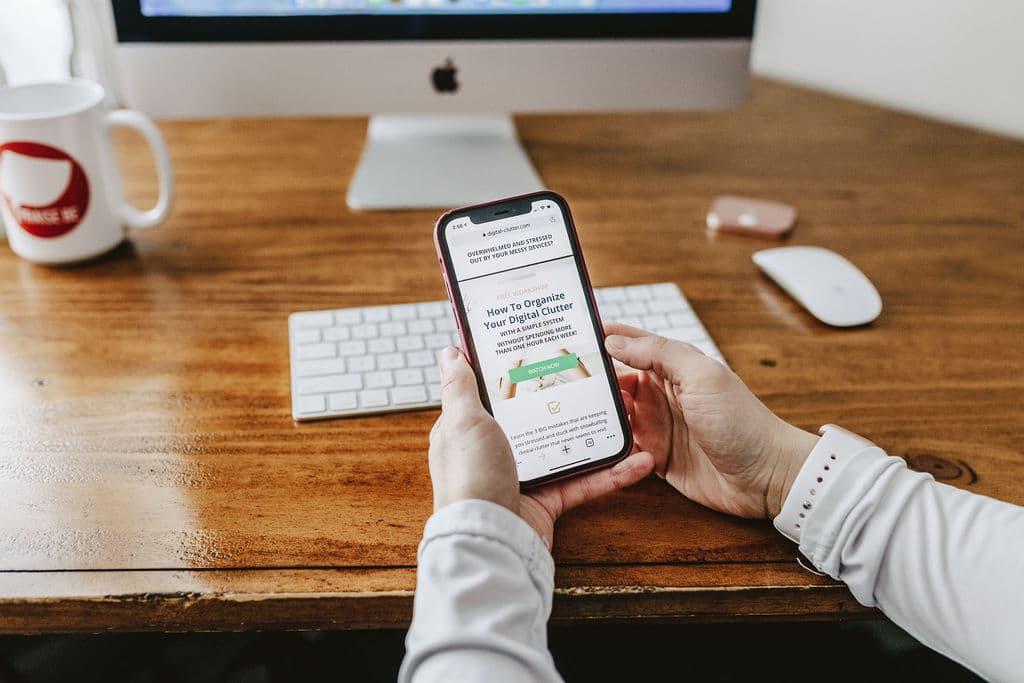 تلفن همراه و دوره بی نظمی دیجیتال