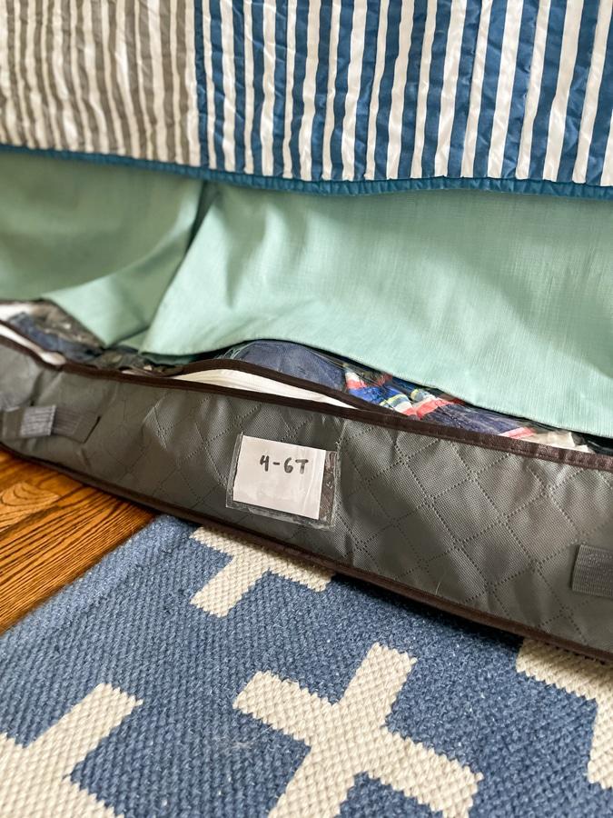 underbed storage bin with 4-6T size